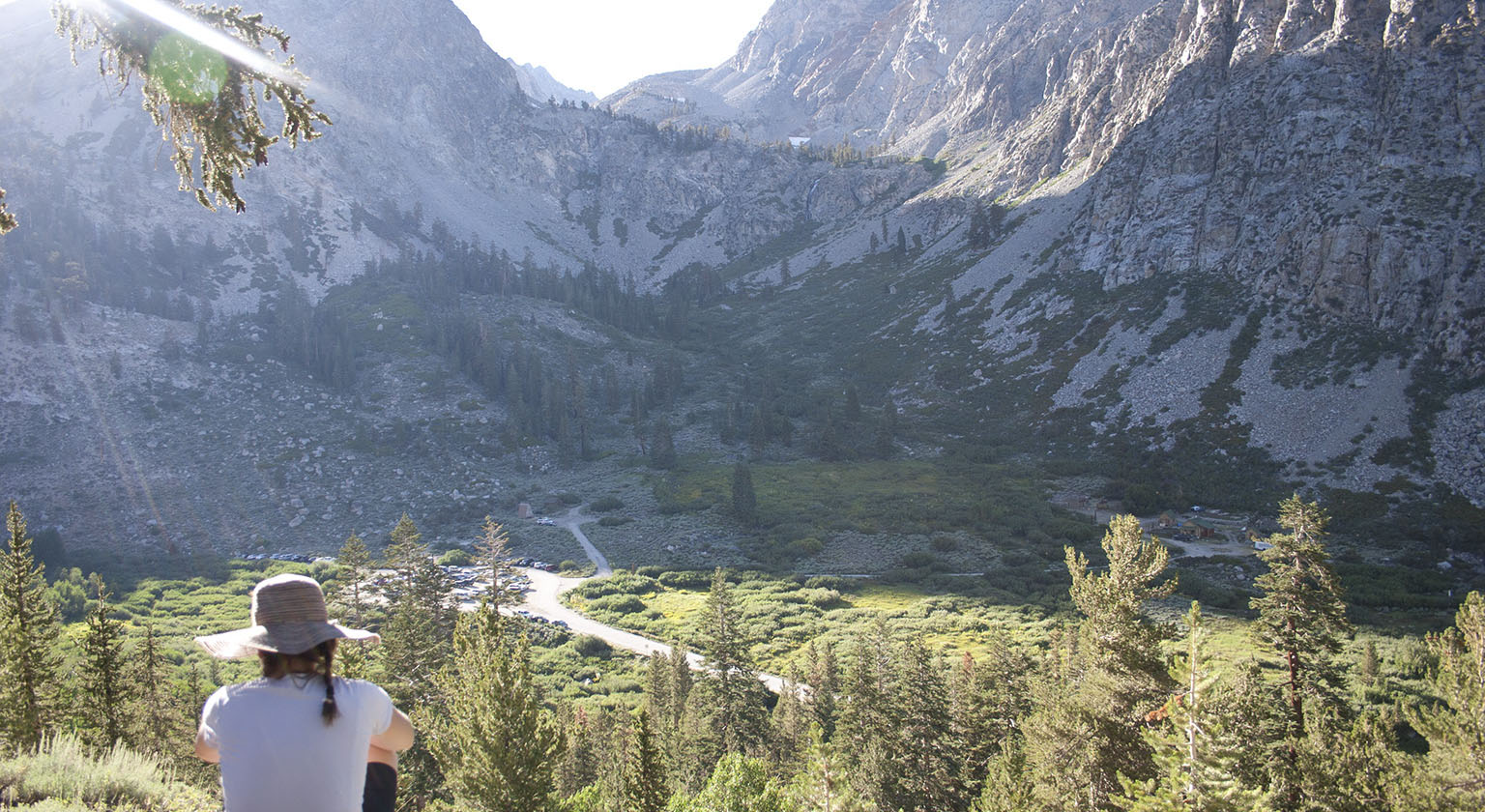 Em above Onion Valley on the Robinson Lake trail